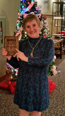 ICON Holiday Party 2017 - Good Neighbor Award for Business - recipient Linda Renehan, Springfield Vintage